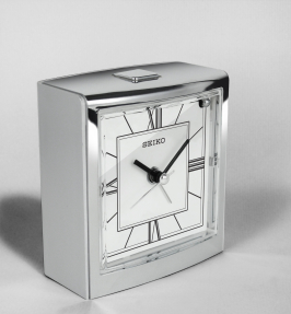 Homepage thumbnail _desk clock